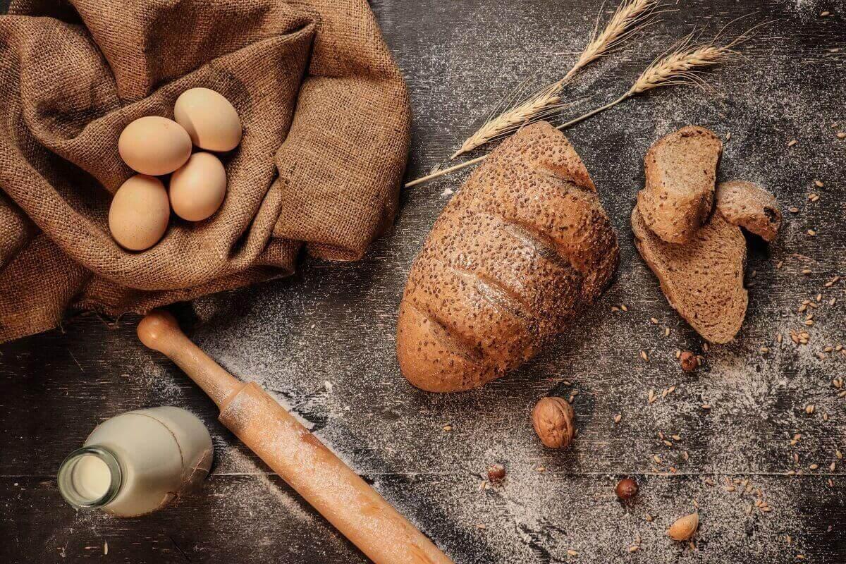 bread eggs and milk